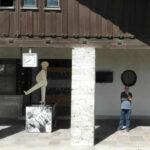 """Kunst hält Wache""  Kunstprojekt in Landsberg am Lech"